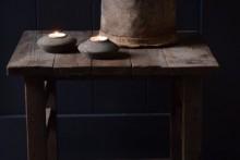 Oud houten bijzettafeltje