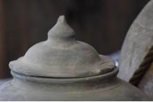 Oud Chinees kruikje met deksel