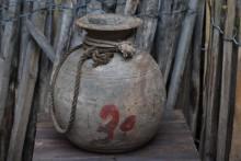 Nepalese waterkruik 3