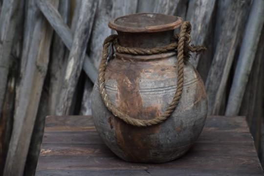 Nepalese waterkruik 1