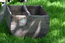 Oude houten rijstbak