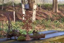 Staande roestige kandelaar