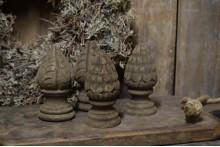 Oud handgemaakt ornament