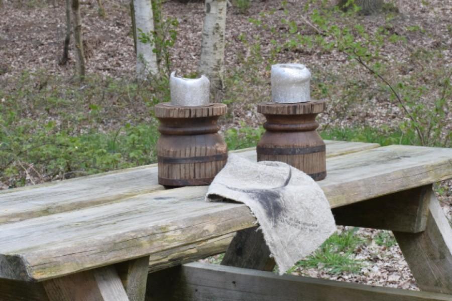 Robuuste houten kandelaar