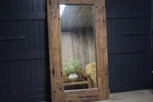 Stoere railway houten spiegel