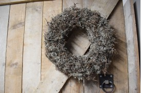 Krans grey mos met bonsai